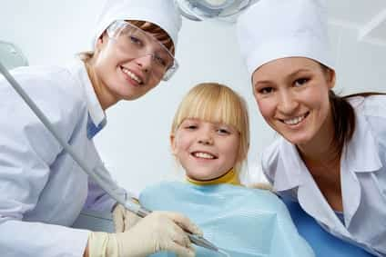 How to Become a Dental Assistant – How to Get Certified, Salary and Jobs