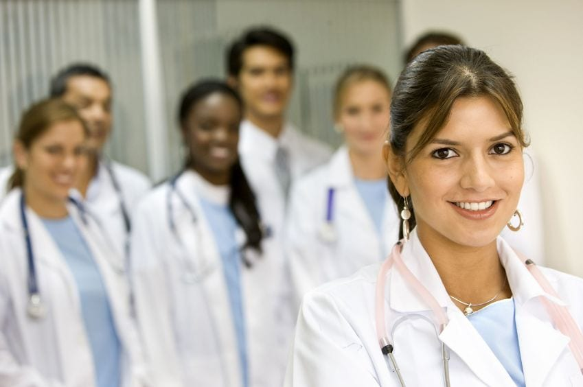 A Complete Guide on How to Become a Registered Nurse in 2021